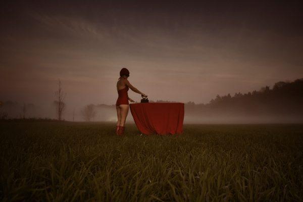 Katja Gehrung Art Photography Serie Die Einsamkeit der Hausfrau